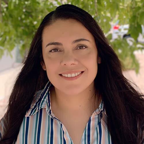 Elva Navarro